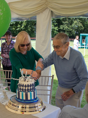 Peter Rossdale Celebrates His 90th Rossdales Veterinary